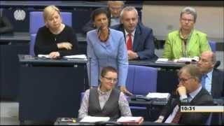 Wagenknecht vs. Kauder: Atomare Aufrüstung von Russland (+ Zwischenrufe)