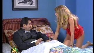 Muñeca Rasca: el beso de Pachu y Alfano - Videomatch 99
