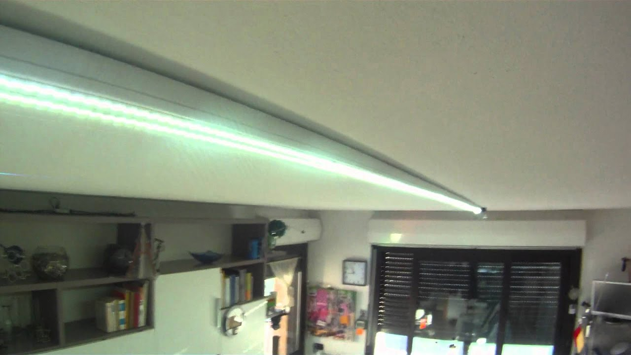 ILLUMINAZIONE CON STRIP LED - YouTube