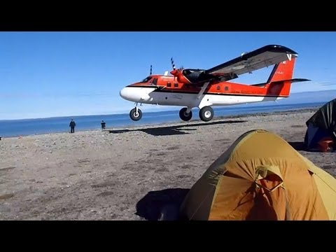 Twin otter impressive short takeoff in the Canadian Arctic