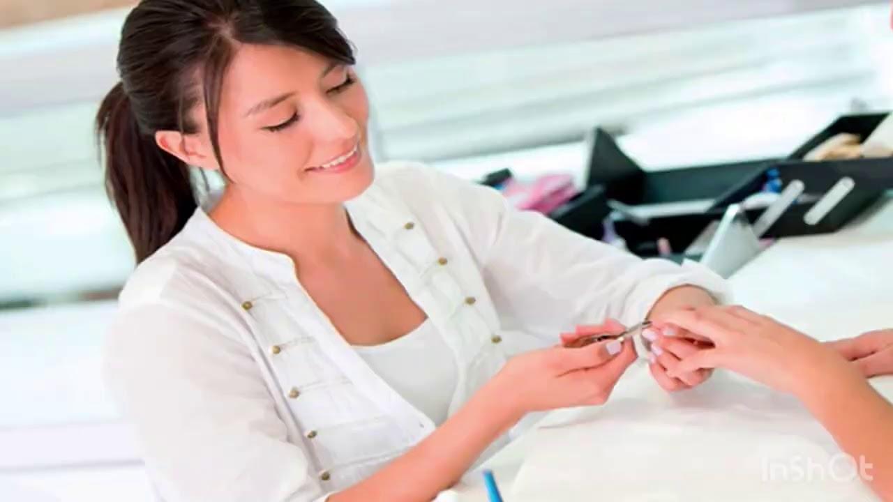 Khi khách hỏi tất cả các loại nails là gì giải thích muốn gãy lưỡi
