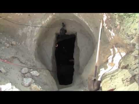Doomsday Preppers dig a Bunker for REAL.