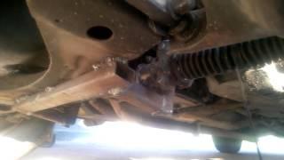видео Рулевая рейка ВАЗ. Демонтаж рулевой рейки ВАЗ 2110