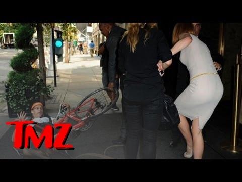 Nicole Kidman MOWED DOWN by Jerk on Bicycle | TMZ