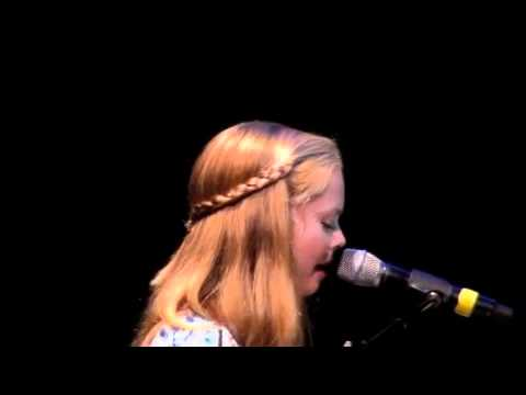 Kylie Hinze 13 yrs. old covers - Love Song Sara Bareilles