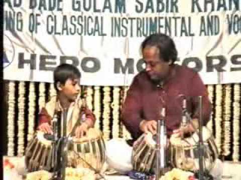 Amazing tabla of Ustad Sabir khan & Arif khan (1991) part2