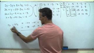 Sistema de ecuaciones con 4 incognitas Reduccion GAUSS BACHILLERATO matematicas cuatro
