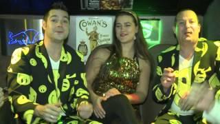 Duo Knotsgek - Ik Heb Unne Smiley In De Sneuw Gepist Vur Jou (officiële videoclip)