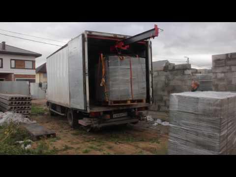 Кран в фургон грузовика как манипулятор.