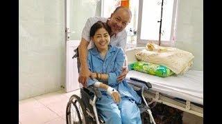 Bệnh Mai Phương hiện tại nếu cười hay cử động hơi mạnh là sẽ bị gãy xương
