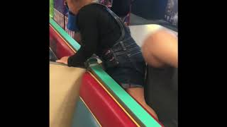 Little Kids Scared of Chuck E Cheese