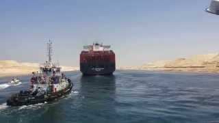 طائرات الجيش تتولى تأمين عبور أول سفن فى  قناة السويس الجديدة 25يوليو 2015