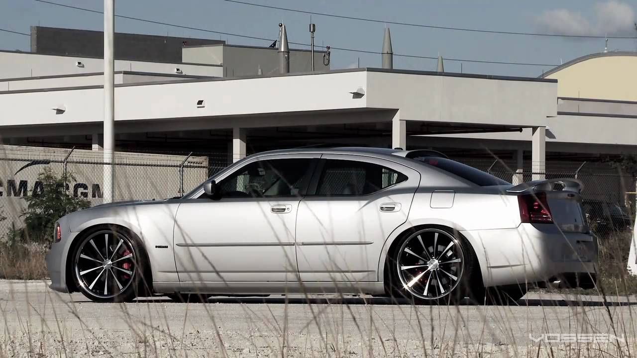 Dodge Charger Srt On 22 Quot Vossen Vvs Cv1 Concave Wheels