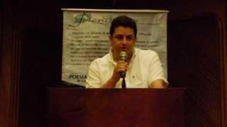 Plenilunio 104. Revista No. 52. Milton Fabián Solano, presenta el evento.  Mayo 4, 2013