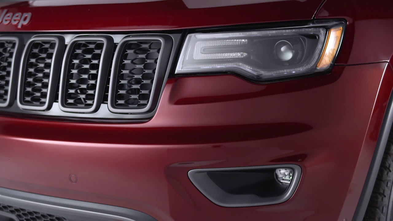 Jeep Grand Cherokee Laredo >> Headlight Controls | 2018 Jeep Grand Cherokee | Mopar How-To - YouTube