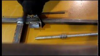 Струбцина самодельная(Самодельная большая струбцина из профильной трубы, собрана по комбинированной схеме, что-то среднее между..., 2016-01-12T18:13:42.000Z)