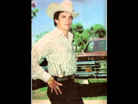 Chalino Sanchez - Cuatro Espadas (with lyrics) - video ...