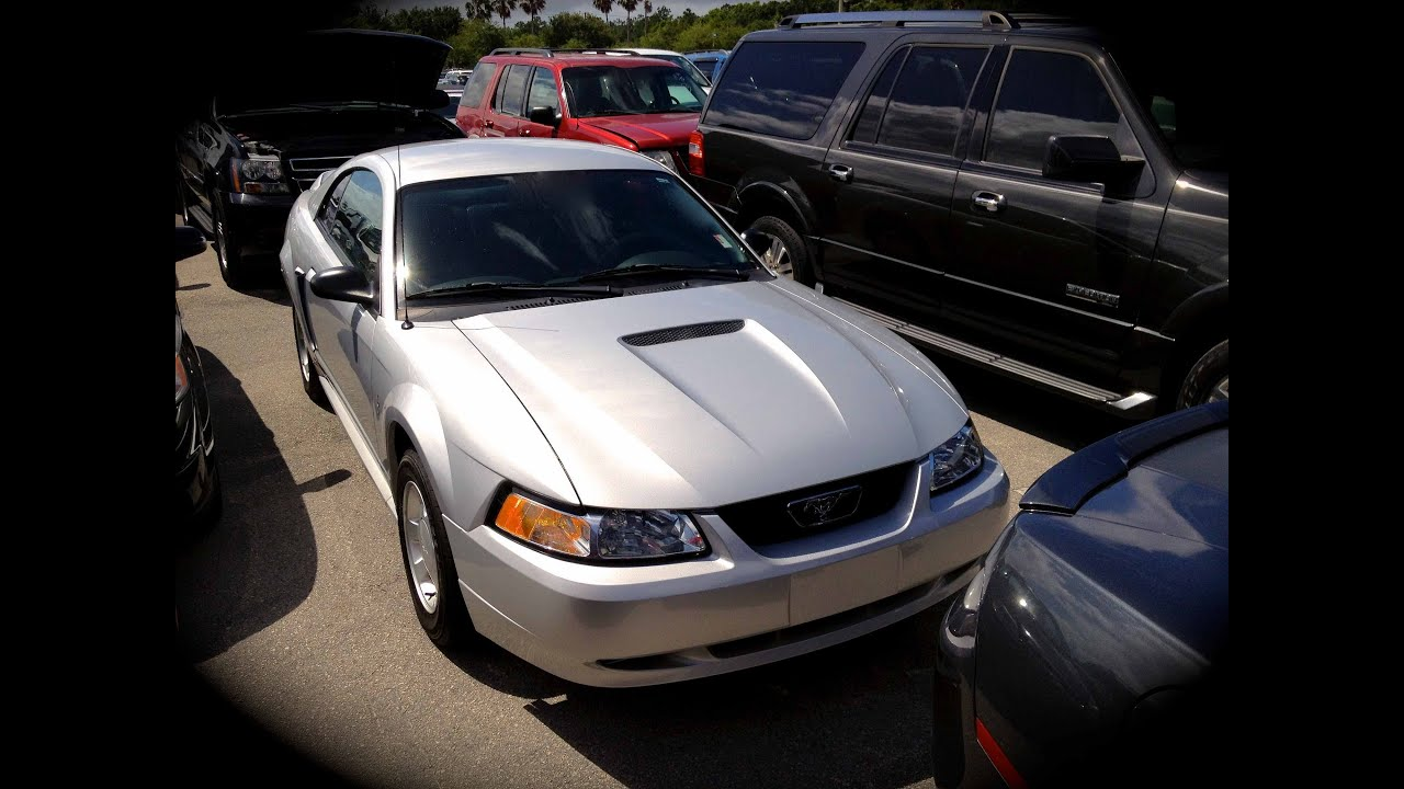 2000 ford mustang v6 start up, quick tour, & rev with exhaust view