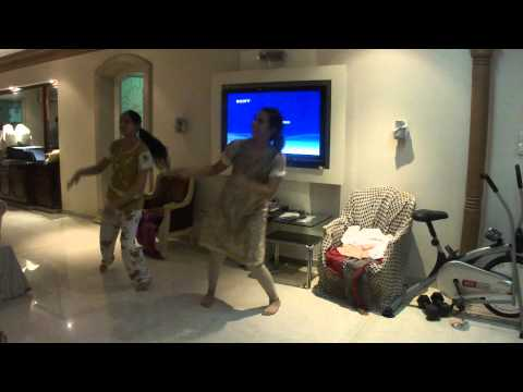 Jhak Mar Ke Dance