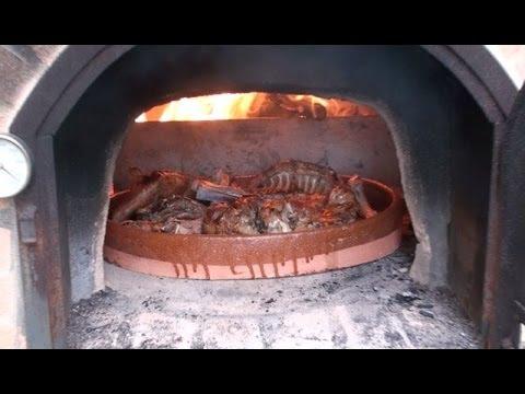 Lechazo al horno de le a youtube - Materiales para hacer un horno de lena ...