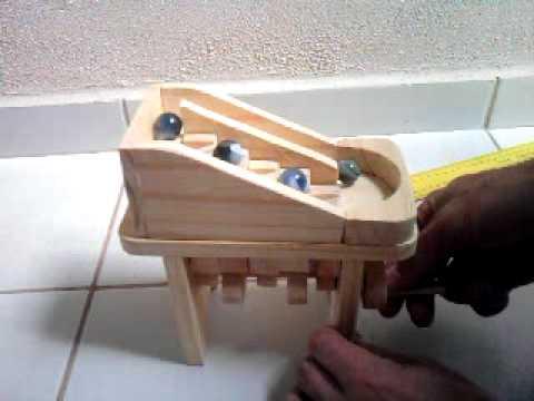 Wooden toy marble machine brinquedo de madeira cascata de bolinhas 01 ref:001