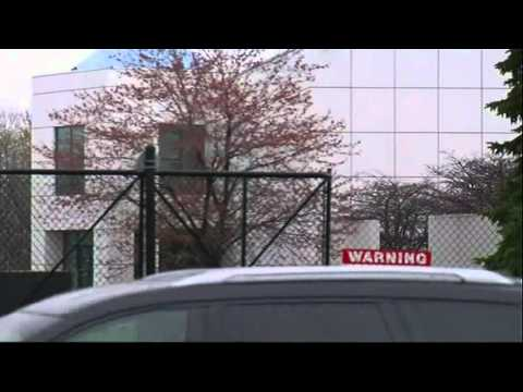 Raw: Sheriff's Dept at Prince's Home