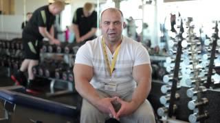 Тренировка дельтовидных мышц и трицепса (Урок 2). Артем Иванов