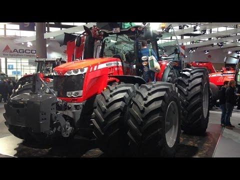 Massey Ferguson 8737 met 400 PK op de Agritechnica