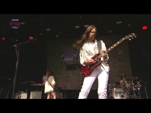 Haim - If I Could Change Your Mind (BBC 2014 Live)