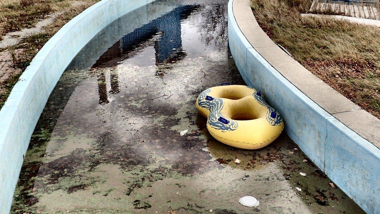Sad Derelict Water Park Wild Water Kingdom Youtube