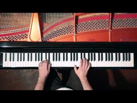 Bach 2 Part Invention No.8 - P. Barton, FEURICH Harmonic Pedal piano