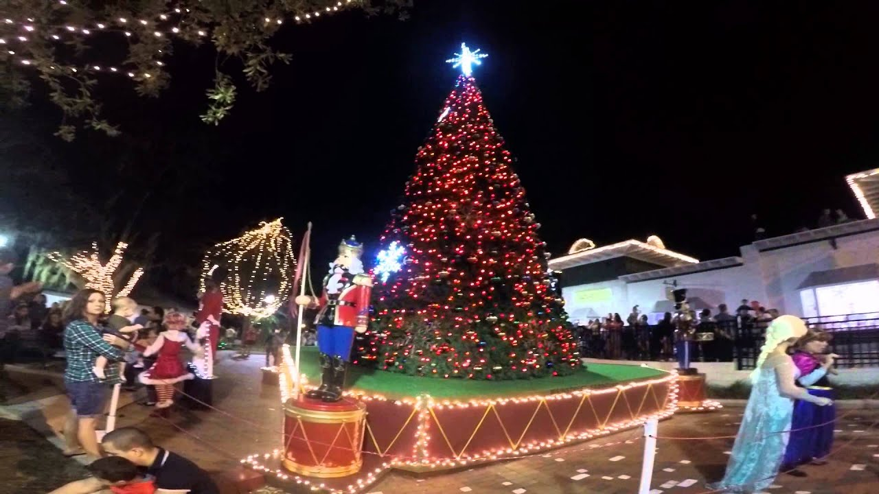 ELSA the Snow Queen MOUNT DORA CHRISTMAS TREE LIGHTING CEREMONY 22 ...