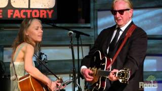 Скачать Gillian Welch Dave Rawlings W T Bone Burnett Everything Is Free