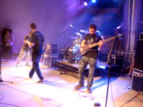 Red Star [RATM COVER] - Sleep Now In The Fire - Rua Do Rock