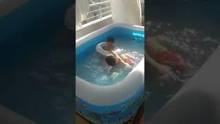 Balkonda havuz keyfi 2