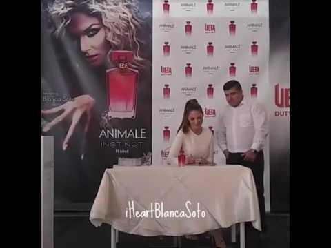 Blanca Soto en vivo en Laredo, TX promocionando Animale Instinct
