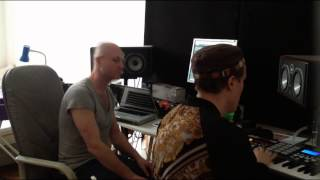 Andreas Saag jammin with Samuel L Session