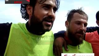 في أول تدريب للاعب منتخب سوريا العائد : رد على الشائعات وحمل زميله على الأكتاف