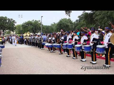 PVU Homecoming Tunnel - Marching Storm (2014)