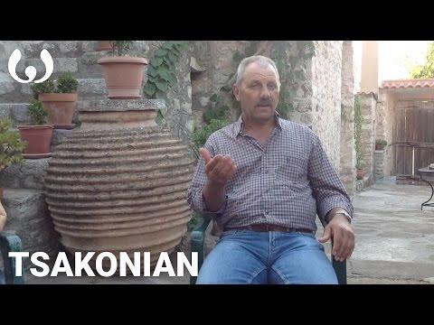 WIKITONGUES: Manolis speaking Tsakonian