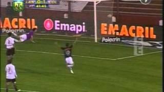 Colón gana en el Sur con gol de Larrivey