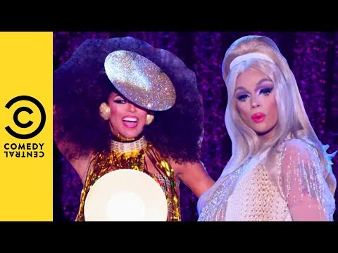 the-queens-hit-the-runway-|-rupaul's-drag-race-all-stars-3