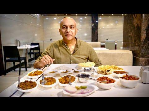BEST Andhra MEAL At SRI KAKATIYA DELUXE MESS  VEGETARIAN THALI  MUTTON, CHICKEN, PRAWN FRY Hyderabad