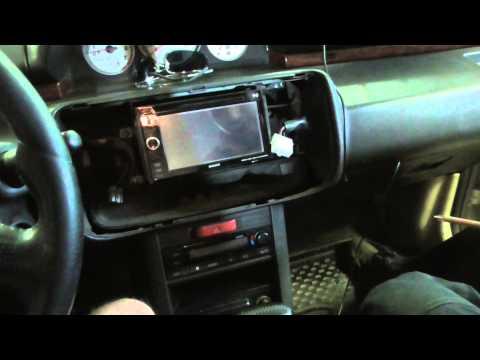 Как снять магнитофон Nissan X Trail t30