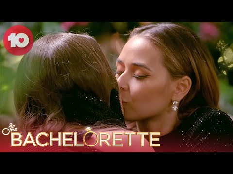 Download Brooke's First Kiss Of The Night | The Bachelorette Australia
