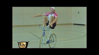 Raab in Gefahr: Kunstradfahren - TV total