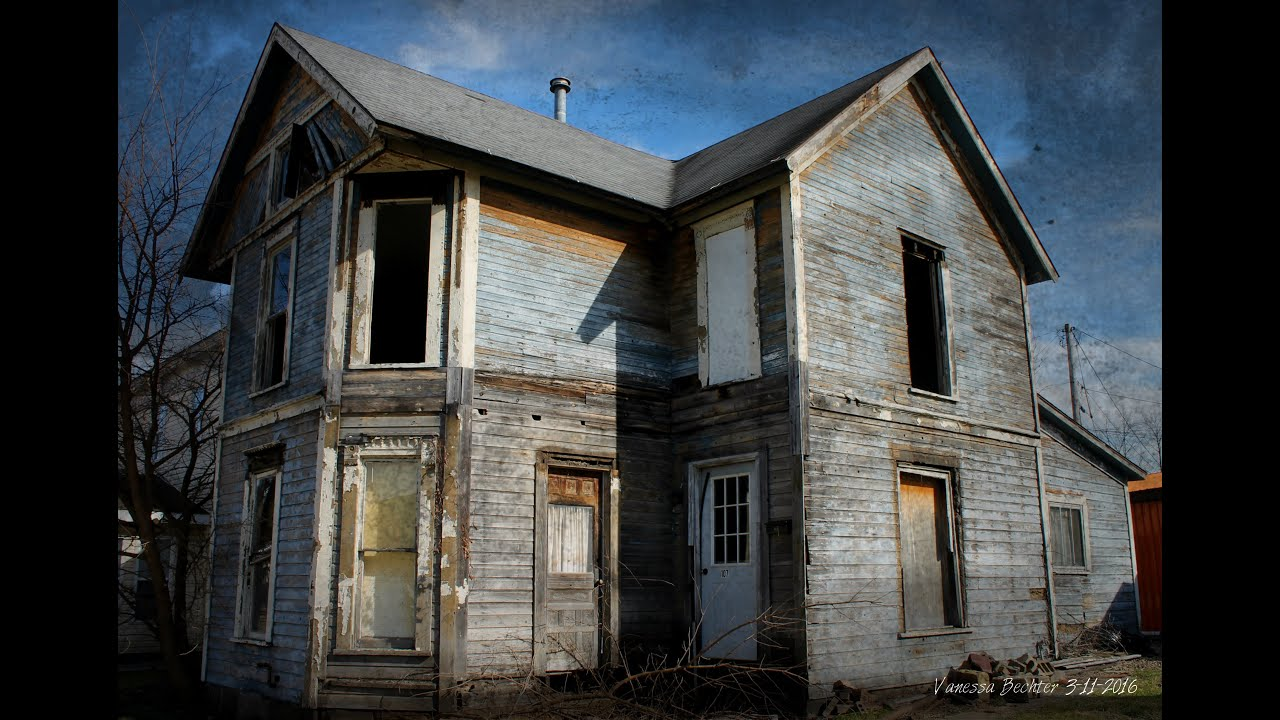 Abandoned house in newcomerstown ohio youtube for Building a home in ohio