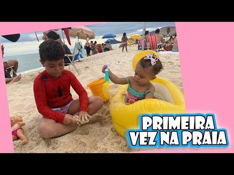 PRIMEIRO BANHO DE MAR DA ELIZA | Kathy Castricini
