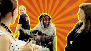 VenetianPrincess Terrorizes Theme Park for Halloween thumbnail