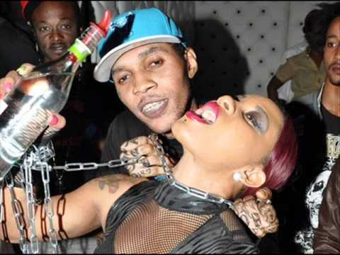 Vybz Kartel - Give Away The Pum Pum / 2011